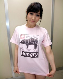 牝豚Tシャツ